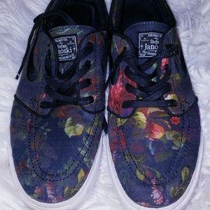 Nike stefan janoski flower shoes